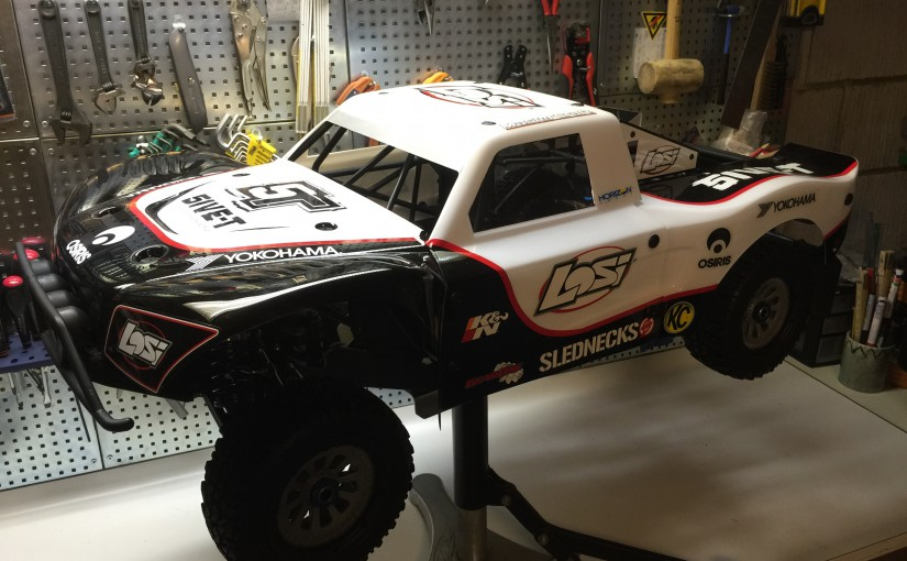 Building a Losi 5ive-T Brushless (part 1) – Stripping down the car