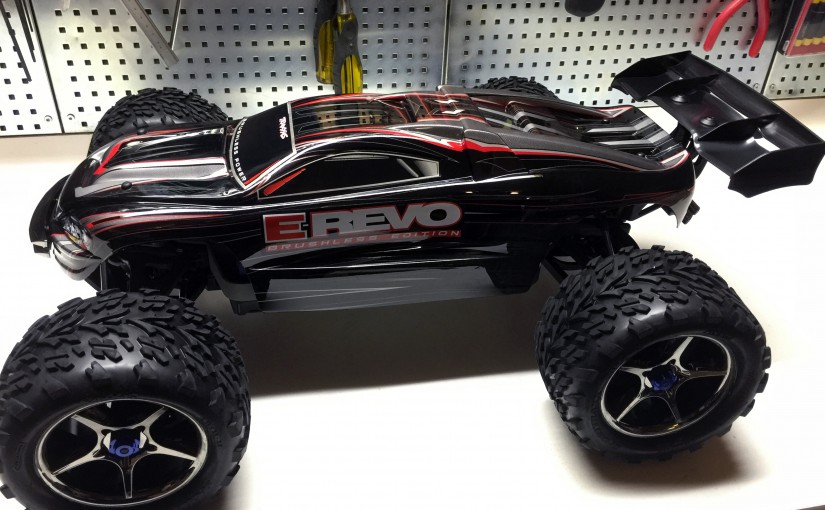 Traxxas E-Revo Brushless – The best all-round RC car money can buy!