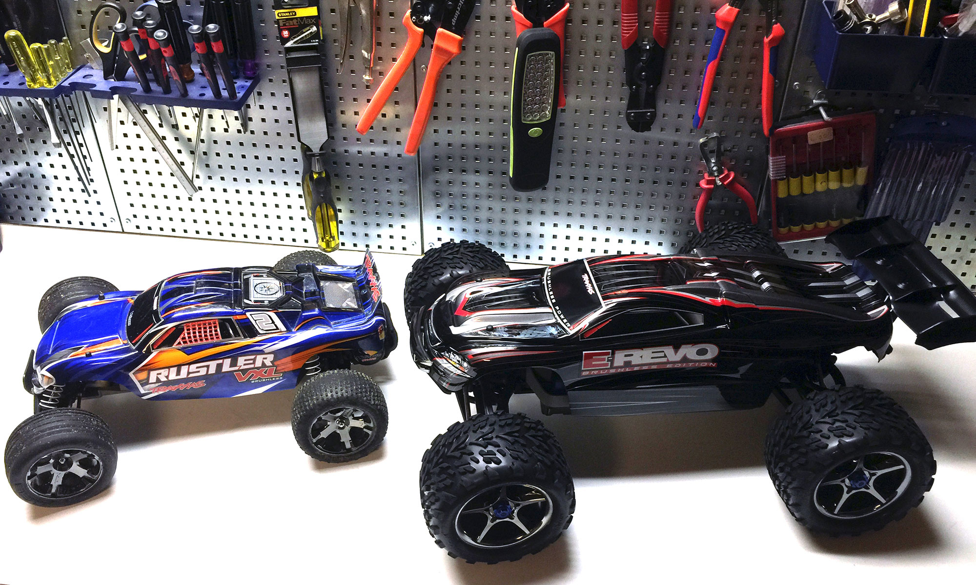 deguno - tools, RC cars, gadgets and consumer electronics